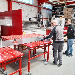Kugelrollentischbei der Firma Schneider-Fassaden
